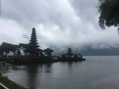 Bali, Ekim 2017 gormek lazim