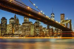 Brooklyn Bridge at night - 11 ways to enjoy a New York City summer!