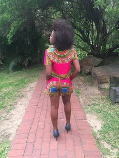My most recent project is a Modern African outfit in South Africa for a fellow university client. Black Heeled Ankle Boots, African Tops, Tiny Waist, Easy Stitch, Straight Stitch, Bias Tape, West Africa, My Favorite Part, Top Pattern