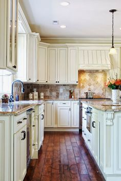 Cheaper Wholesale Kitchen Cabinets - http://mabrookrealty.com/cheaper-wholesale-kitchen-cabinets/