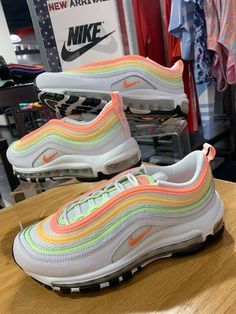 Dr Shoes, Hype Shoes, Me Too Shoes, Shoes Sandals, Jordan Shoes Girls, Girls Shoes, Cute Sneakers, Sneakers Nike, Nike Airmax 90