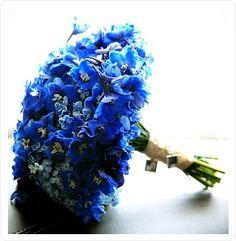 Gathering bouquet ideas...