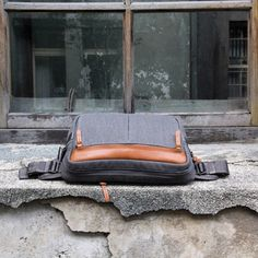 http://chicerman.com  loftofcambie:  #Retro Canvas & Leather combination. Support #Urban #Pack: http://kck.st/1IujVdp #kickstarter #bag #edc #style #murse #mens #lifestyle #chic #city #swag #classic  #accessories