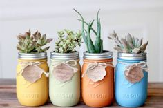 Country Interior landscaping by Mason Jar Kitchen. 8 more decor ideas to see in this article. #decor #homify