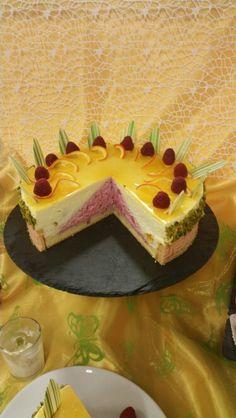 Sahnetorte Cake, Desserts, Food, Cream Cake, Pies, Pie Cake, Meal, Cakes, Deserts