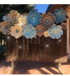 "1,989 Likes, 49 Comments - Danielle Gonzales (@backdropinabox) on Instagram: ""AMAZING PAPER FLOWER BACKDROP MY CLIENT @lili_rdz1 made made with templates she ordered  THIS…"""