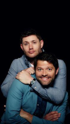 Misha Collins and Jensen Ackles JIB5