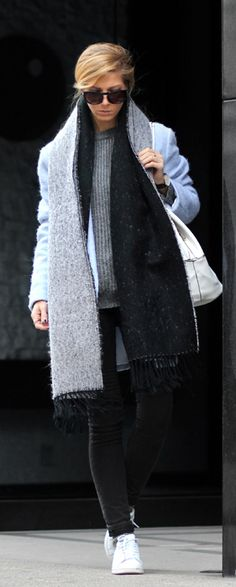 Sirma Markova is wearing a powder blue coat from Choies, black jeans from H&M, sneakers from Adidas, bag from mango and a scarf from Mohito
