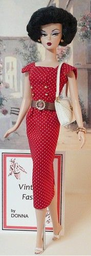 I want to live Barbie's kind of life so I can wear this outfit with different shoes: Website - Vintage Design