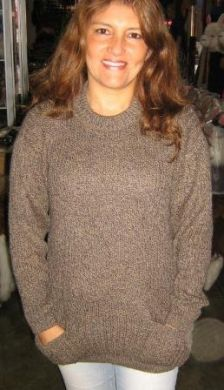 Brauner #Pullover aus #Alpakawolle mit Taschen