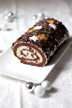 Bûche de Noël chocolat-mascarpone - Cake, blondies and brownies - Sweet Recipes, Cake Recipes, Dessert Recipes, Christmas Desserts, Christmas Baking, Christmas Recipes, Log Cake, Gourmet Cooking, Sweet Treats