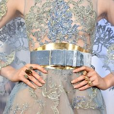 How to pack for a winter vacation: sparkle on! Packing Jewelry, Travel Jewelry, Connoisseurs Jewelry Cleaner, Online Dress Shopping, Shopping Sites, Celebrity Dresses, Celebrity Style, Elie Saab Spring, Elie Saab Couture