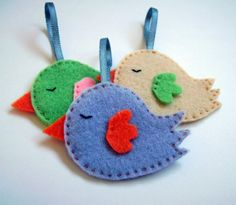 Felt ornaments. Set of 3 birds.Christmas ornaments.. €6.00, via Etsy.