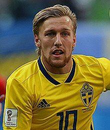 Emil Forsberg (Sweden) Sweden Football, International Football, Mens Sunglasses, Adidas, Baseball Cards, Sports, Balls, Bond, Google