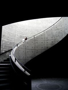 Hyogo Prefectural Museum of Modern Art - Nada-ku, Kobe, Hyōgo Prefecture, Japan / 2002 / Tadao Ando Japanese Architecture, Art And Architecture, Architecture Details, Museum Architecture, Classical Architecture, Ancient Architecture, Sustainable Architecture, Hyogo, Interior Stairs