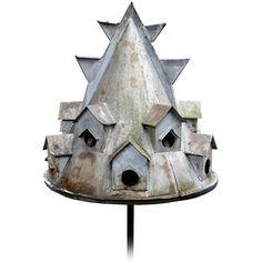very cool  Bird House Ideas http://socialaffiliate.wix.com/bird-houses http://buildbirdhouses.blogspot.ca/