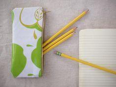 DIY Sewing : DIY: Oilcloth Zippered Pencil Case