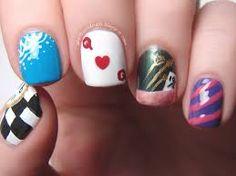 alice in wonderland nails 2