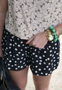 We say Yay to mixing prints! Especially if its with anchors!