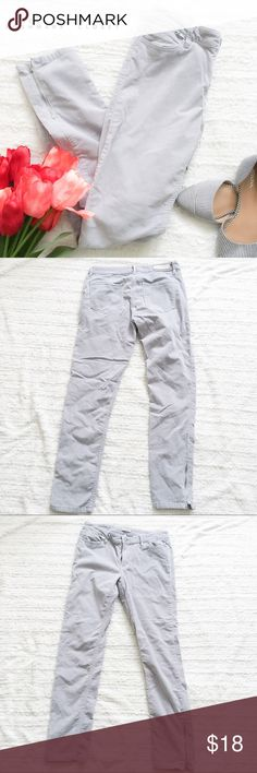"Calvin Klein Pale Grey Corduroy Zipper Ankle Pant ✦   ✦{I am not a professional photographer, actual color of item may vary ➾slightly from pics} •Approx measurements taken flat ❥waist:15.5"" ❥hips:17.5"" ❥length:37"" ❥inseam:27"" ➳material/care:cotton+1% Elastane/machine wash  ➳fit:like a medium ➳condition:gently used  ✦20% off bundles of 3/more items ✦No Trades  ✦NO HOLDS ✦No transactions outside Poshmark  ✦No lowball offers/sales are final Calvin Klein Jeans Pants Skinny"