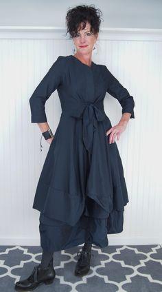 Farb-und Stilberatung mit www.farben-reich.com - I Love this dressss!! So unique!!!