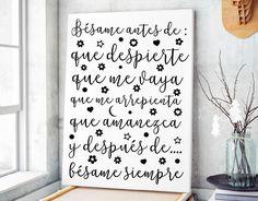 """Frases románticas y de amor en vinilo adhesivo """"Bésame antes de que despierte..."""" 04868 - Tienda online de vinilos decorativos, stickers, wall art, decoración"""