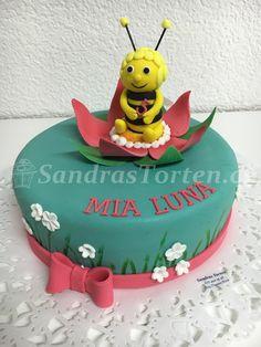 Biene Maja schwimmt zur Mia Luna