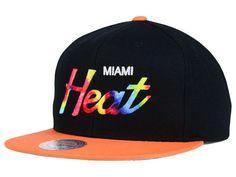 cheaper e66b6 ee335 Miami Heat Mitchell   Ness NBA Fly Dye Snapback Cap