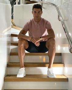 [New] The 10 Best Outfit Ideas Today (with Pictures) - Ronaldo Rate this pic . Cristiano Ronaldo Cr7, Cristiano Ronaldo Manchester, Cr7 Messi, Cristiano Ronaldo Portugal, Cristino Ronaldo, Cristiano Ronaldo Wallpapers, Ronaldo Football, Football Players, Cristiano Ronaldo Hairstyles