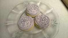 Lemon scented sugar cookies with rose design and sugar pearls