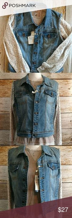"American Rag Jean Vest Size XL American Rag 6 button jean vest.Size xl.2 side pockets.Front pockets are mock. Shoulder to hem is 17"". *Sweater sold separately* (106A) American Rag Jackets & Coats Vests"