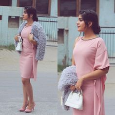 Wearing Full story soon on Indian Fashion, Boho Fashion, Fashion Outfits, Outfit Goals, Outfit Ideas, Kritika Khurana, Boho Girl, Dress Code, Boss Lady