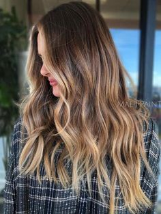 40 Ideas for Light Brown Hair with Highlights and Lowlights, Light Brown Hair Lovers of sweet, rejoice! This season, the highlights of the caramel color are still in trend. And it is not surprising, because this..., Highlights