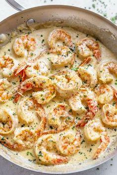 Gemakkelijke 10-minuten romige Garlic Shrimp Dinner Recepten