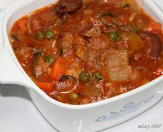 Callos (Tripe and Sausage with Chickpeas) – Filipino Foods And Recipes Tripe Recipes, Filipino Recipes, Asian Recipes, Beef Recipes, Filipino Food, Filipino Dishes, Cooking Recipes, Pinoy Recipe, Asian Foods