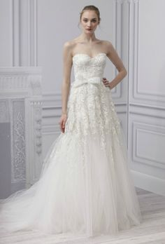 Monique Lhuillier 0720-1-wedding-dresses-with-trailing-lace-spring-2013_we.jpg