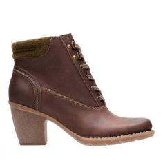 48b042affb6a Womens Comfortable Boots   Booties - Clarks® Shoes Official Site