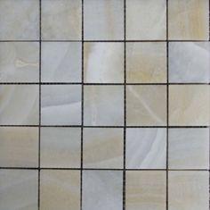 Mozaika marmurowa -  Kolekcja: Tetra 50; Kod: T5010; Wykończenie: POLER; Materiał: Onyx; Wym. Kostki: 5,0x5,0 cm; Wym. Plastra:  31,3x31,3 cm