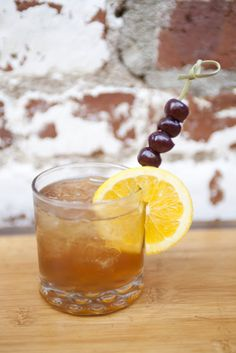 HGTV Dream Home 2013 Cocktail (http://blog.hgtv.com/design/2013/01/01/hgtv-dream-home-2013-cocktail/?soc=pinterest)