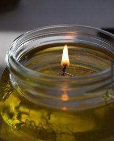 DIY olijfolie geurkaars is snel te maken en je hebt er niet veel voor nodig.
