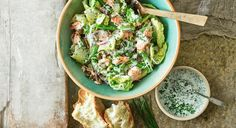 Smoked Salmon Salad Recipe With Buttermilk Carrot Salad Recipes, Salmon Salad Recipes, Summer Salad Recipes, Healthy Salad Recipes, Healthy Food, Best Summer Salads, Summer Food, Smoked Salmon Salad, Buttermilk Dressing