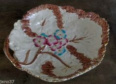 Beautiful-Antique-Majolica-Floral-Tray-w-Handle-Gorgeous-Color-Great-Condition