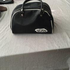 Vans bowling bag type purse✨ Vans bowling bag type purse🎉 Vans Bags Totes