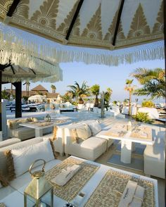 The Purobeach resort in Marbella, Spain, is the perfect place to indulge with food, drinks and parties whilst overlooking the Mediterranean sea. Beautiful Places To Travel, Beautiful Hotels, Beautiful Beaches, Restaurant Hotel, Restaurant Design, Marbella Beach Club, Pool Bar, Beach Resorts, Moroccan Decor