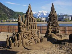 10 Amazing Sand Artists and Their Artwork: From Humongous Sand Castles to Wrathful Sea Gods