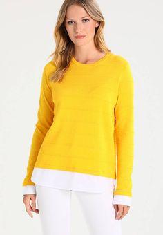 2ee9949c000c2 NIKA - Jersey de punto - solar yellow. Largo de la prenda: