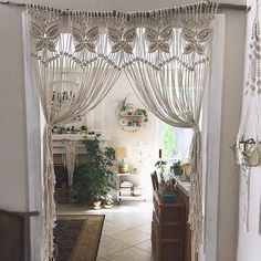 *update* this stunning macrame piece is up for auction to help a mama and her family who are in need. Get info over at @helpinghendrix. * We can get behind this macrame door hanging on a branch shared by @veronica_tm in the #jungalowstyle feed. It's oh so #earthyboho and we love it!