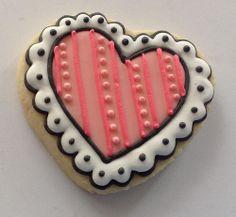 valentine heart decorated cookie