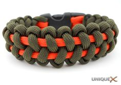 Stitched Solomon Bar Bracelet from Unique Paracord