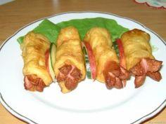 Virslis lángos recept fotó Kefir, Sausage, Goodies, Potatoes, Yummy Food, Favorite Recipes, Sweets, Dishes, Chicken